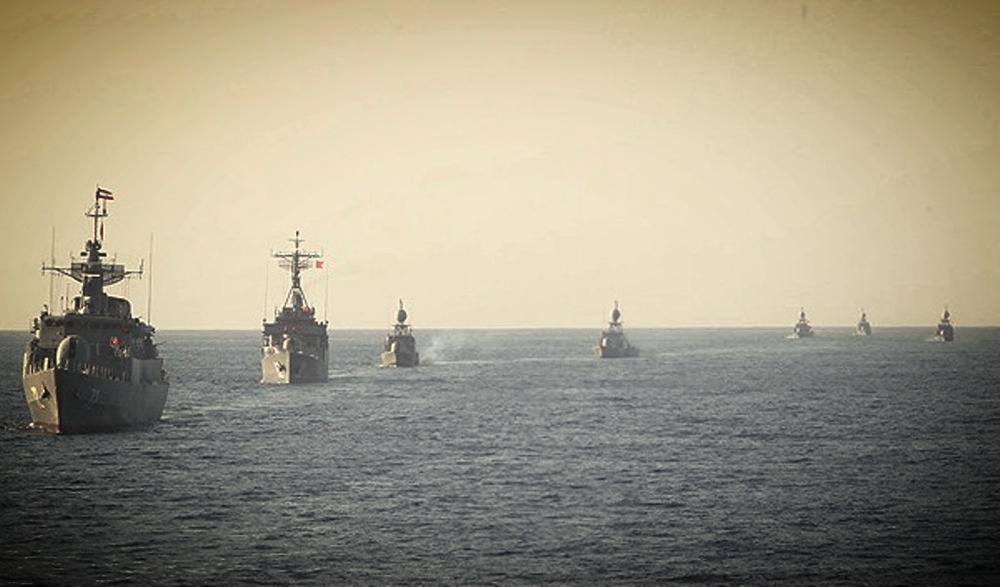 httpen.wikipedia.orgwikiList_of_current_ships_of_the_Iranian_Navy  antiship missile noor c802Frigates Alvand Moudge Corvettes Bayandor Hamzeh5 Missile Craft Houdong KamanSina Patrol Coastal Parvin (1).jpg