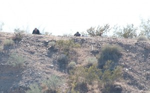 Armed men outside the Bundy ranch / Cliven and Carol Bundy