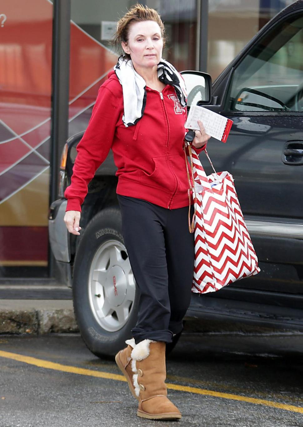 SPLASH NEWS/SPLASH NEWS A makeup-free, wedding-ring-free Sarah Palin was spotted shopping in Anchorage on Monday, just days after it emerged that her family was involved in a fight at a snowmobile party.