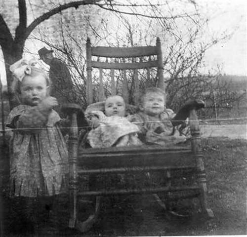 creepy-kids-rocking-chair.jpg