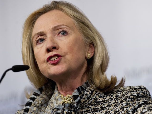 Hillary Approved US Weapons To Libya Despite Ban