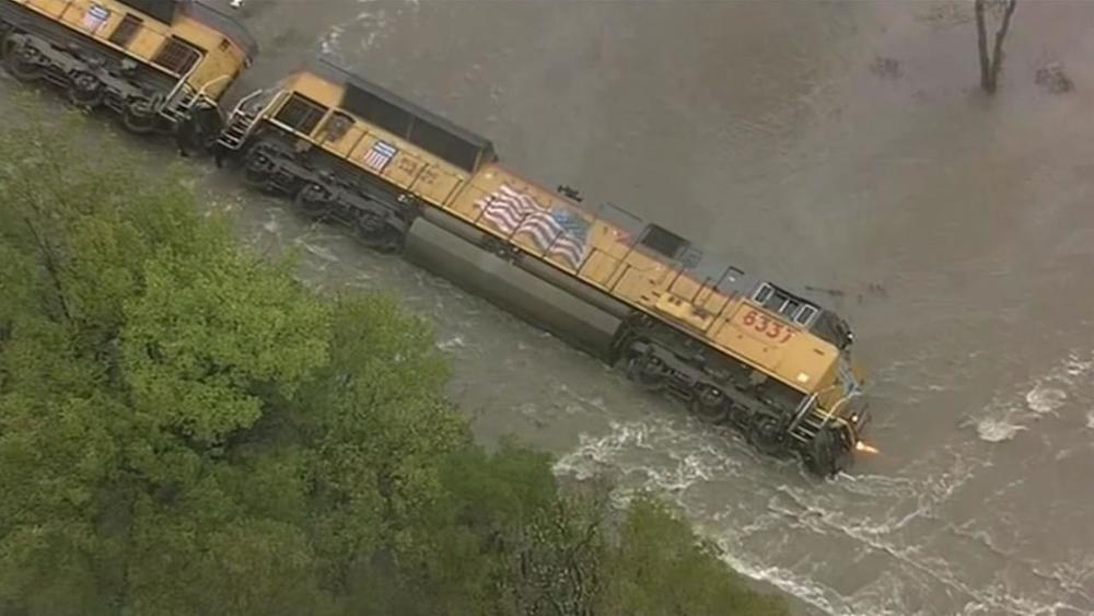 South-Carolina-Flood-2015-460x306.jpg
