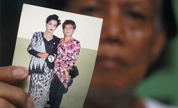 """Obama's former nanny, """"Evie"""" is a transgender man who became a prostitute and lives in Indonesian slums (Photo: Screenshot)"""