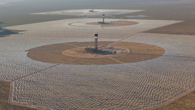According to  Wikipedia,  the plant was given a $1.6 BILLION loan guarantee, uses 867,740 million BTU of natural gas each year emitting 46,084 metric tons of carbon dioxide just to get it started in the morning, produces only 40% of its promised electricity, and cooks about 3500 birds each year.