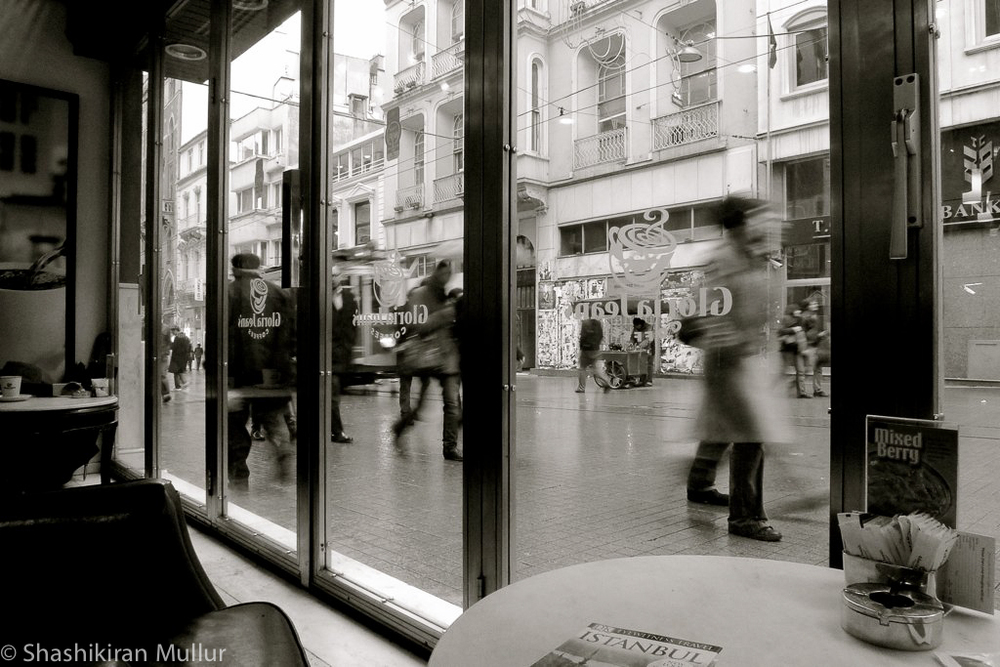 From inside a café on İstiklâl Caddesi.jpg