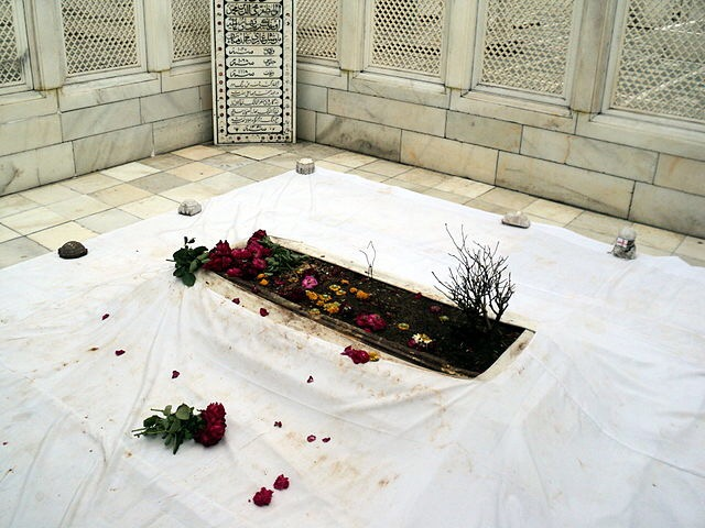 The tomb as it appears now … (Wikipedia)