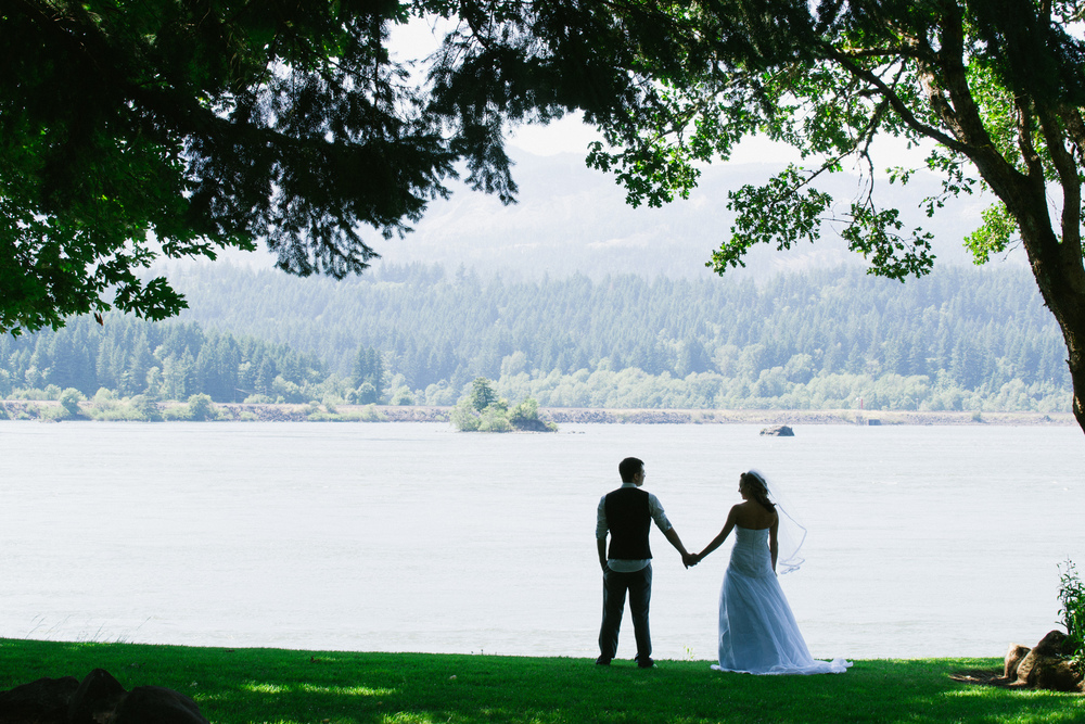 0012-weddings-columbia-river-gorge-josh-duffus-photography.jpg