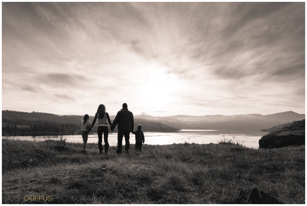 shinn-family-photography-columbia-river-gorge-joshduffus_0012.jpg