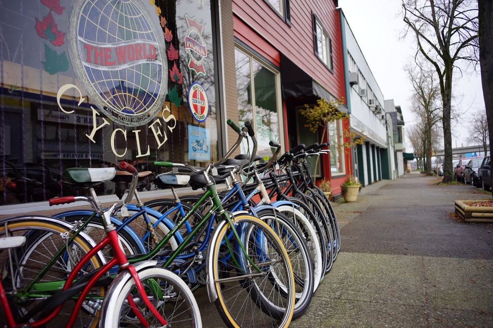 Bike shop next to where I'm writing this blog post (down the block from Lunapads)