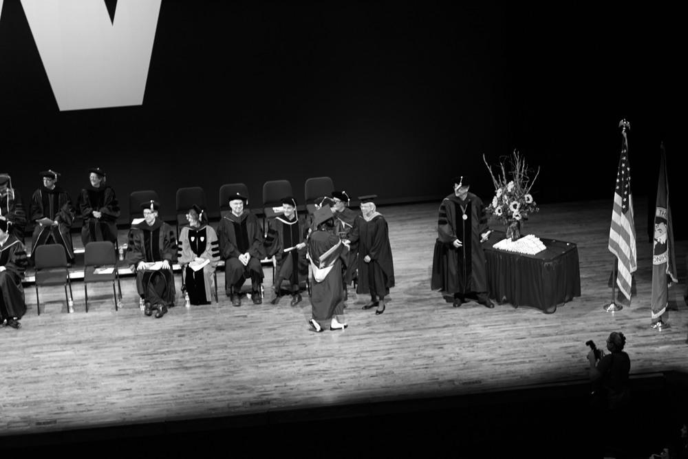 20140612_m9_EvansSchool_Graduation_006_BW.jpg