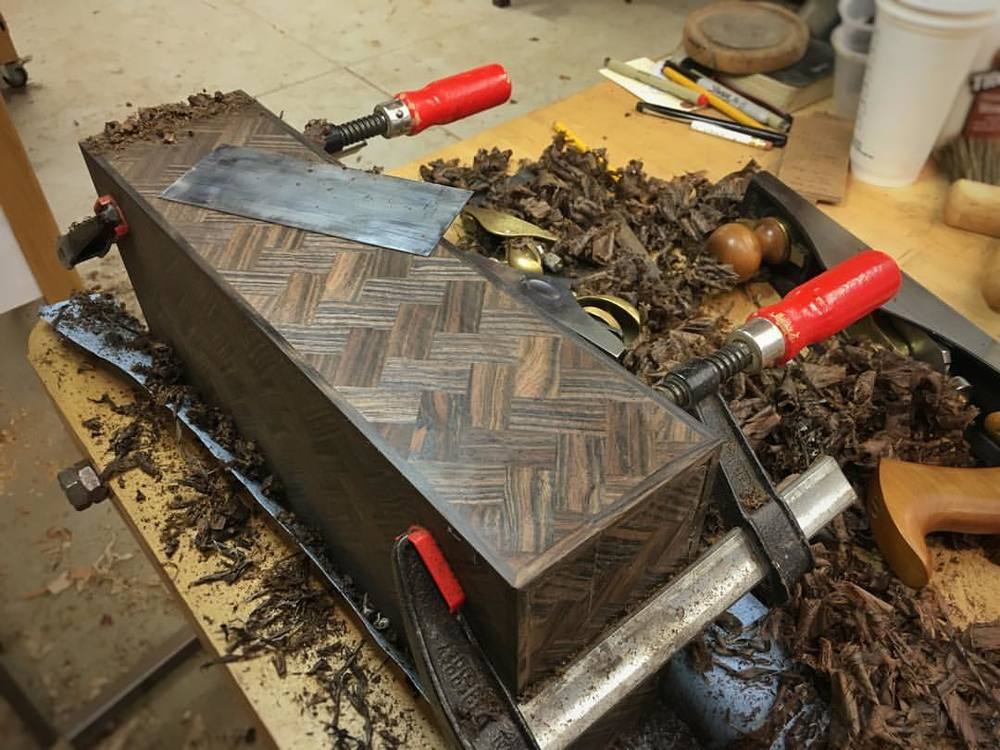 Flattening and scraping the outsides of the box. Still a ways to go, but at least it is starting to look like the thing it is supposed to look like. #letsmakeawatchbox