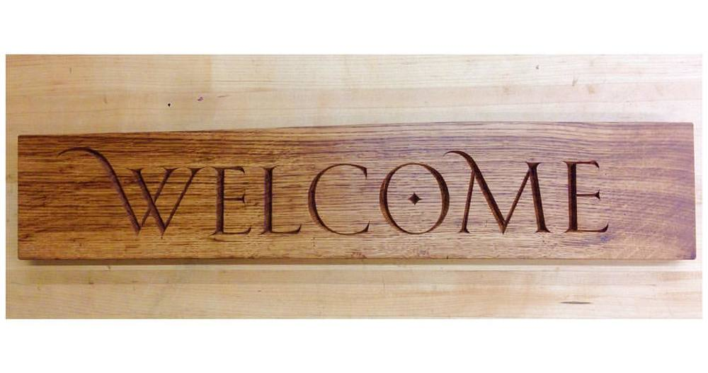 Hey looky there! I just found out this little brown oak welcome sign sold over the weekend, and now it's headed to Tennessee! Exciting! #lettercarving