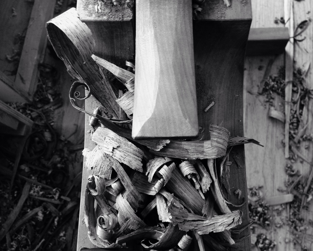 I really like the shavings that drawknives make- smooth and burnished and rough and broken all at the same time.