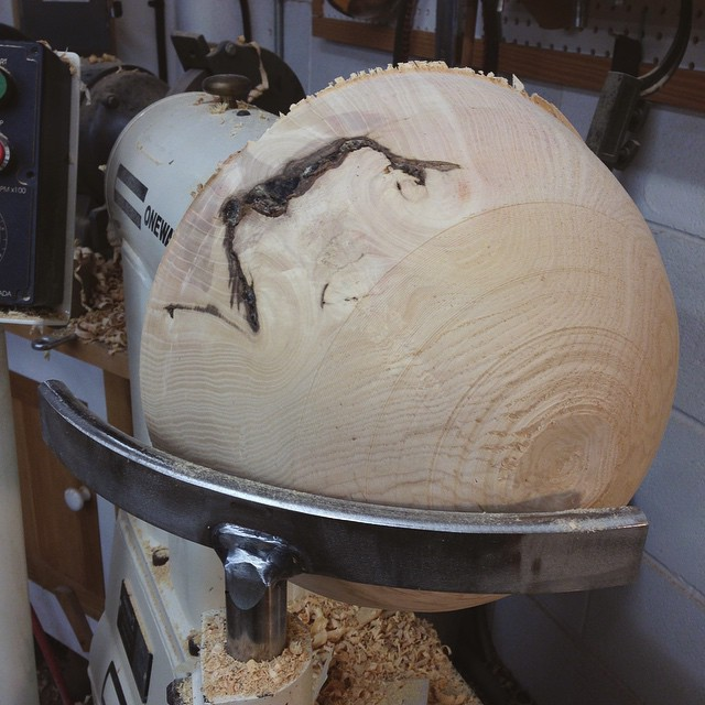 Excited to get back to making bowls. This is a big chunk of ash from a tree that came down a few houses down from the shop. #letsturnsomebowls #madeinmontrose