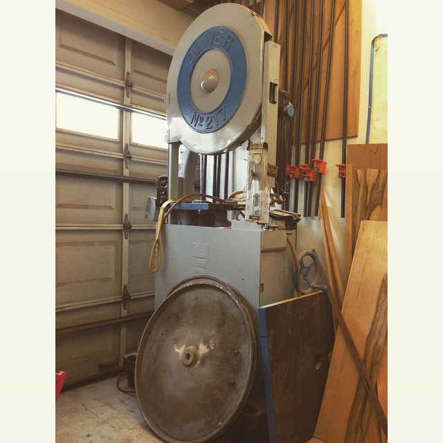 Oh man, really excited to finally start restoring the mighty #Oliver217 bandsaw to its former glory. Stay tuned…