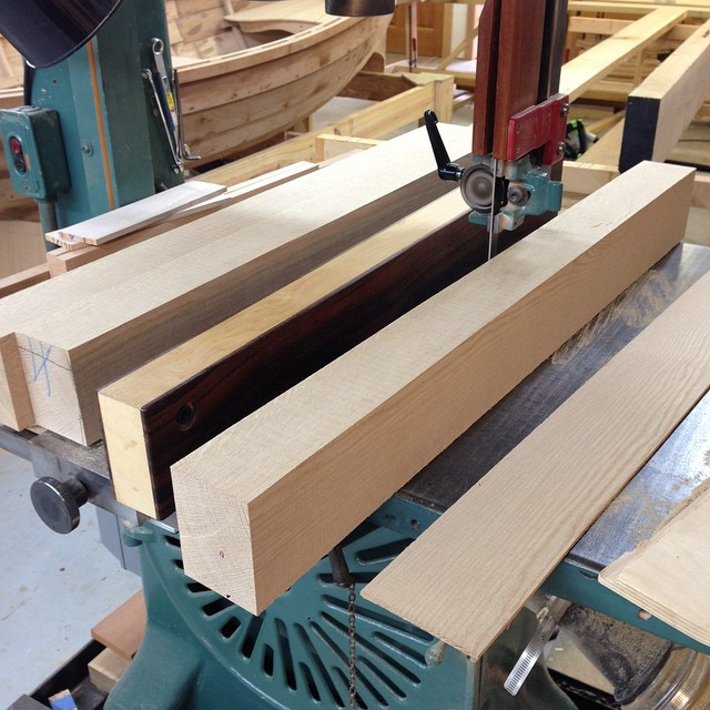 Milling up some riftsawn white oak beams on the snowflake. This is my absolute favorite kind of wood. It just seems like magic to me. #diningdiscourse #whiteoak