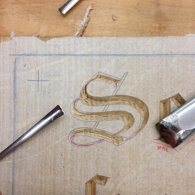 Fancy S carvin'. #lettercarving #retablo