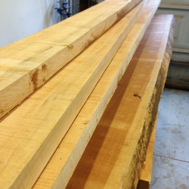 Woohoo! Lumber delivery- always an extra-exciting day at the shop. 65 BF of 8/4 curly soft maple for drawer stock and other interior parts for the dresser, plus one other slab I am *really* excited about… #letsmakeadresser