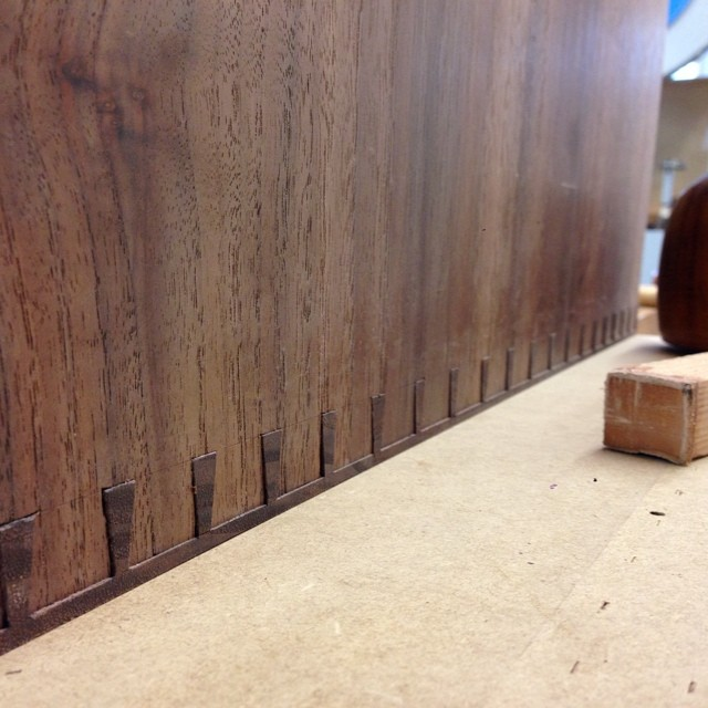 Two corners down, two still to go. Looking forward to getting this case glued together. #milesofdovetails #letsmakeadresser