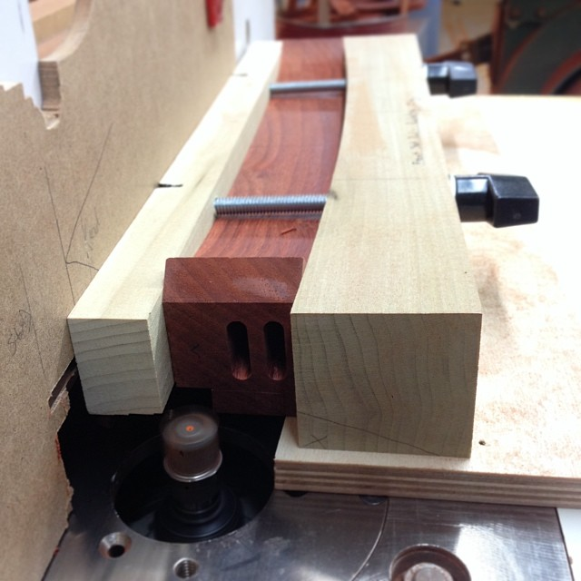 Front seat rail rabbeting jig. It's hard to tell from the picture, but there is a template underneath the part that matches the front curve of the rail. The idea is to have a nice even lip all the way around the seat. #letsmakesomechairs