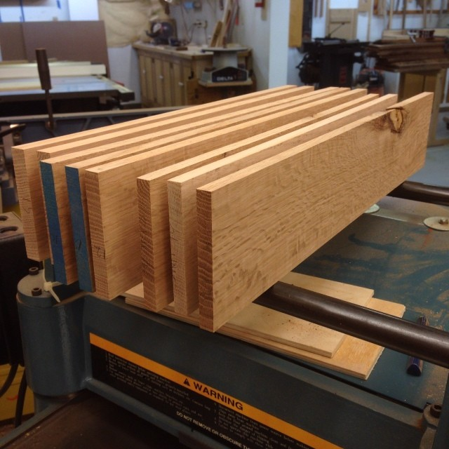 Milling up some quartersawn red oak that's been sitting around for I don't know how long for a tiny plane cabinet.