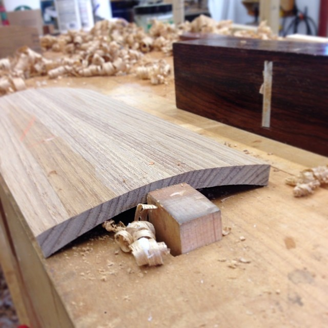 Shaping the top of lid to match the curve of the *bottom* of the lid, which is shaped to match rabbets cut into the curved sides of the box. #letsmakeabox
