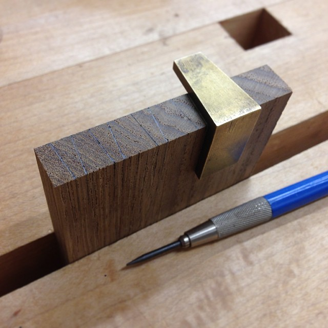 Laying out dovetail pins on one of the sides. #pinsfirst #letsmakeabox