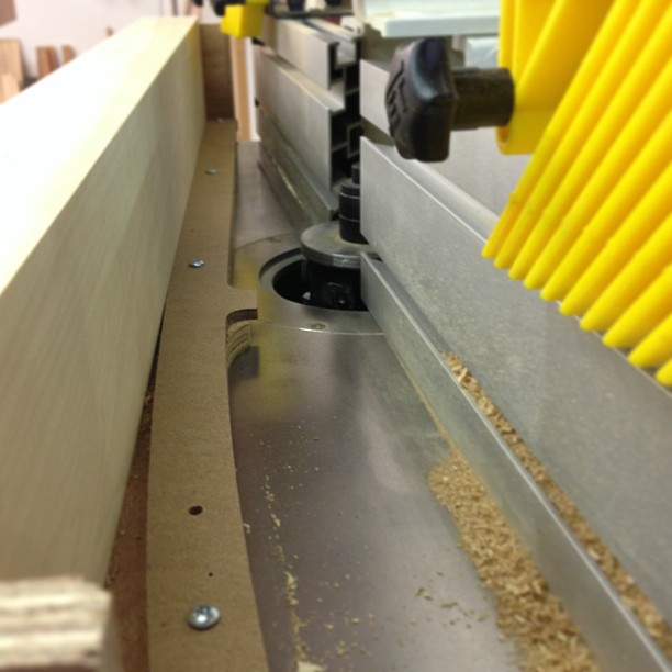 Shaping a leg-shaping jig on the shaper. #shapes #makingthethingthatmakesthething