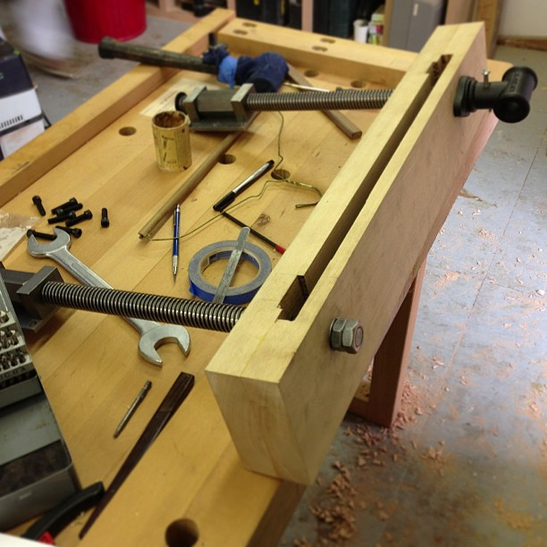 New Lie-Nielsen chain vise is starting to come together…