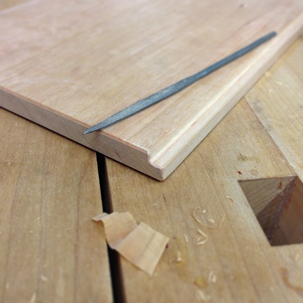 Detailing the edge of a sliding panel.
