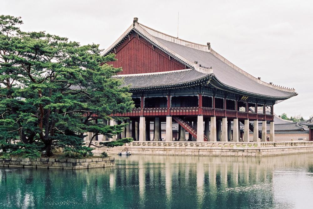 Inside Gyeongbokgung Palace,Kodak Portra 160