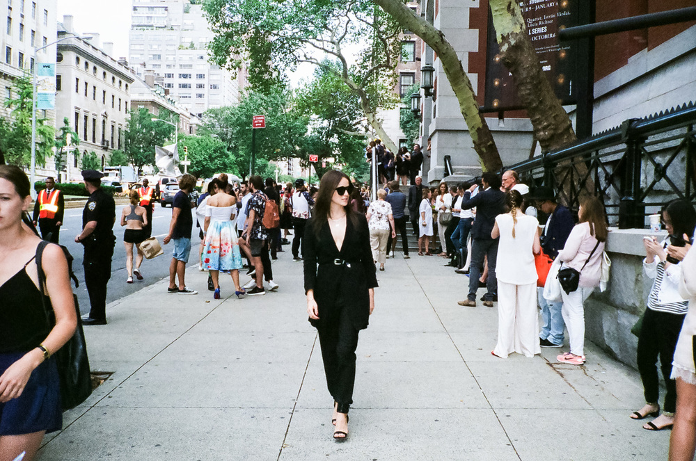 1f66d-25-newyorkfashionweek-streetstylenyfw-fujinatura1600.jpg