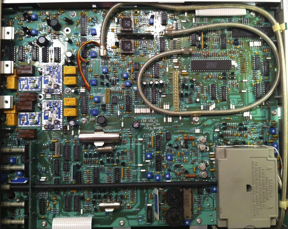 Tektronix 2246A main board
