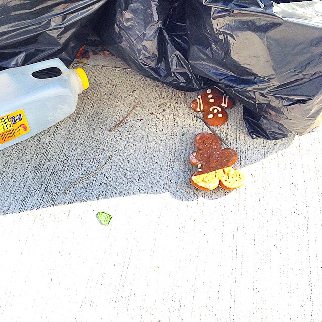 The holiday season is upon us. Credit: @marikosuave #trashnyc #garbage #gingerbreadmen #nyc #newyork