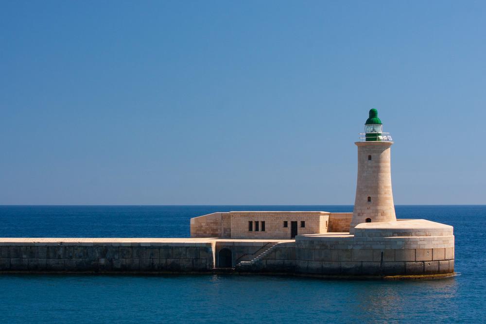Lighthouse_Valletta_Malta.jpg