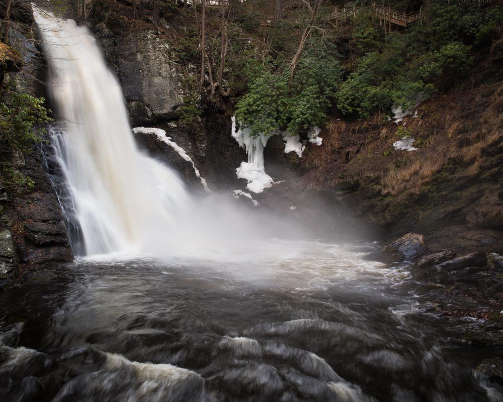 bushkill_falls_2015_april