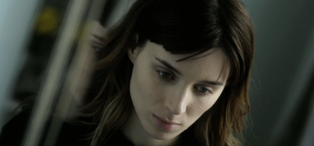 side_effects_rooney_mara_official_.jpg
