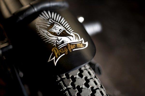 600x400xilovedust-boneshaker-cafe-racer-6.600.400.s.jpg.pagespeed.ic.MzkWuIvNi-.jpg