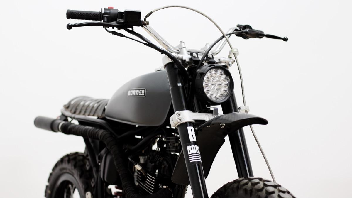 The Rough TR2, es una moto experimental, usada para probar nuevas ideas y conceptos en mente, usando materiales reciclados.