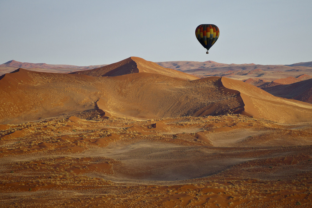 Ballooning over the Dunes