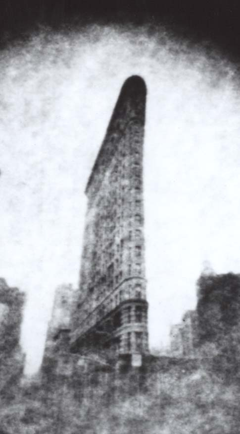 An enlargement of the Flatiron Building photograph