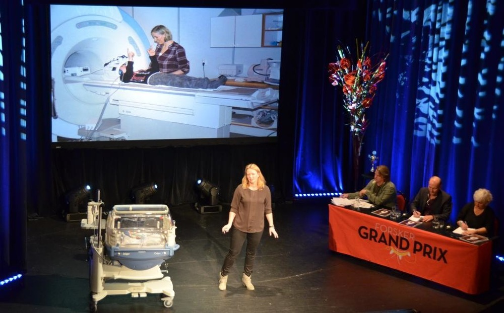 Fjorårets vinner av Forsker Grand Prix, Silja Torvik Griffith fra UiB.