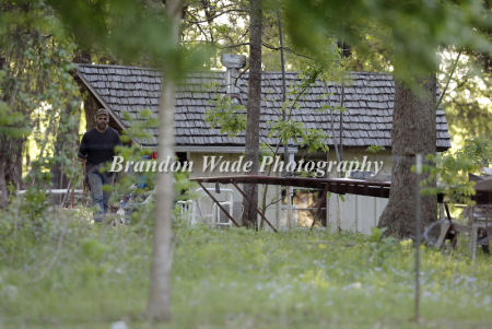 Awaiting standoff man hasn 39 t left property since 2000 for How far is waco texas from houston texas