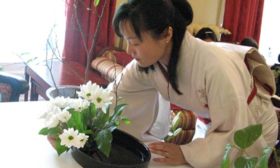 ikebana workshops lessons demonstrations