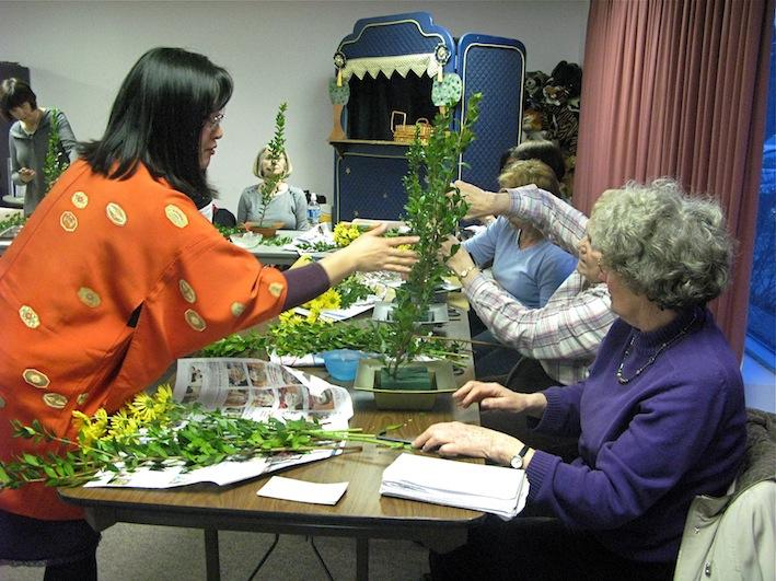 Bedford Library Ikebana Workshop