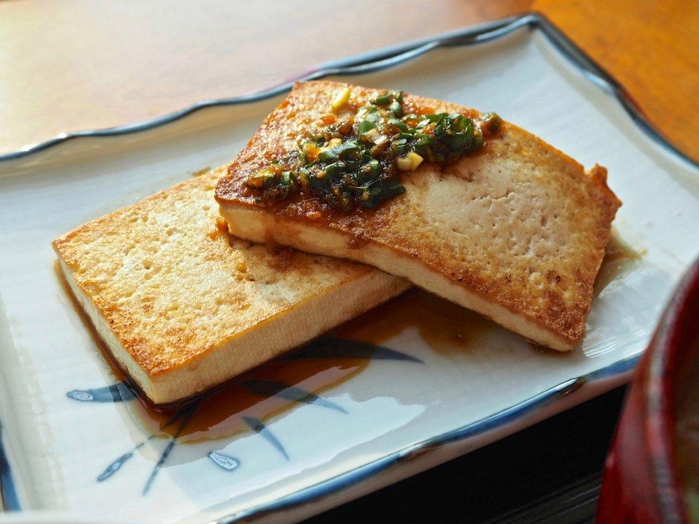 Tofu steak 豆腐ステーキ.