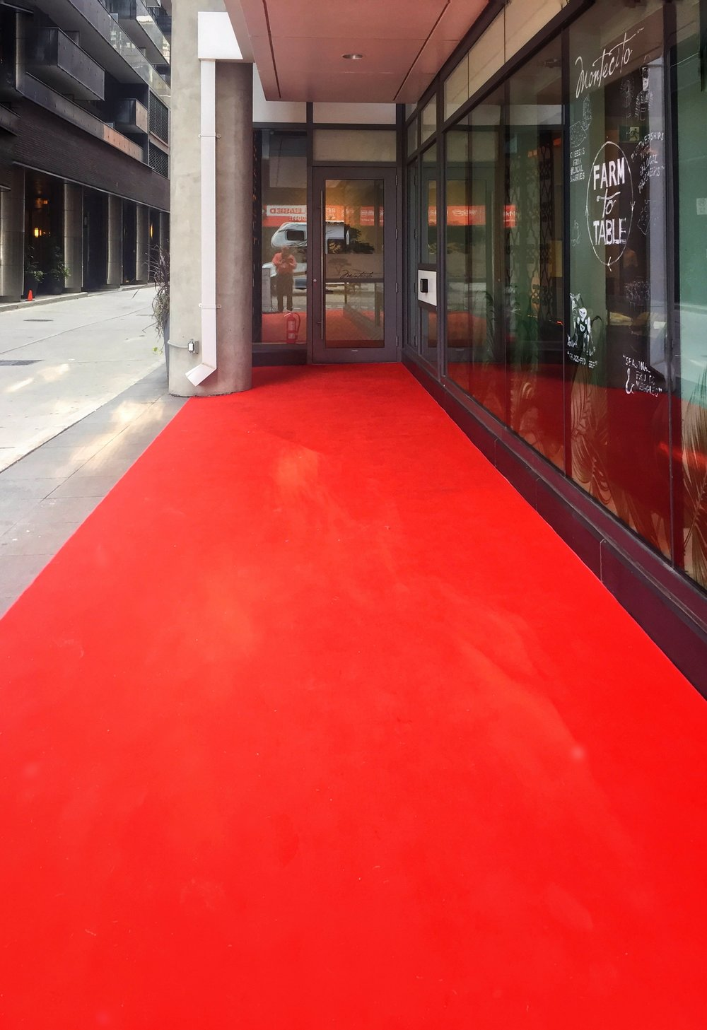 Since the starting of TIFF, I've developed an attraction to red carpets.