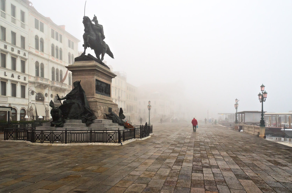 Venetian Fog on the Riva | Mark Lindsay