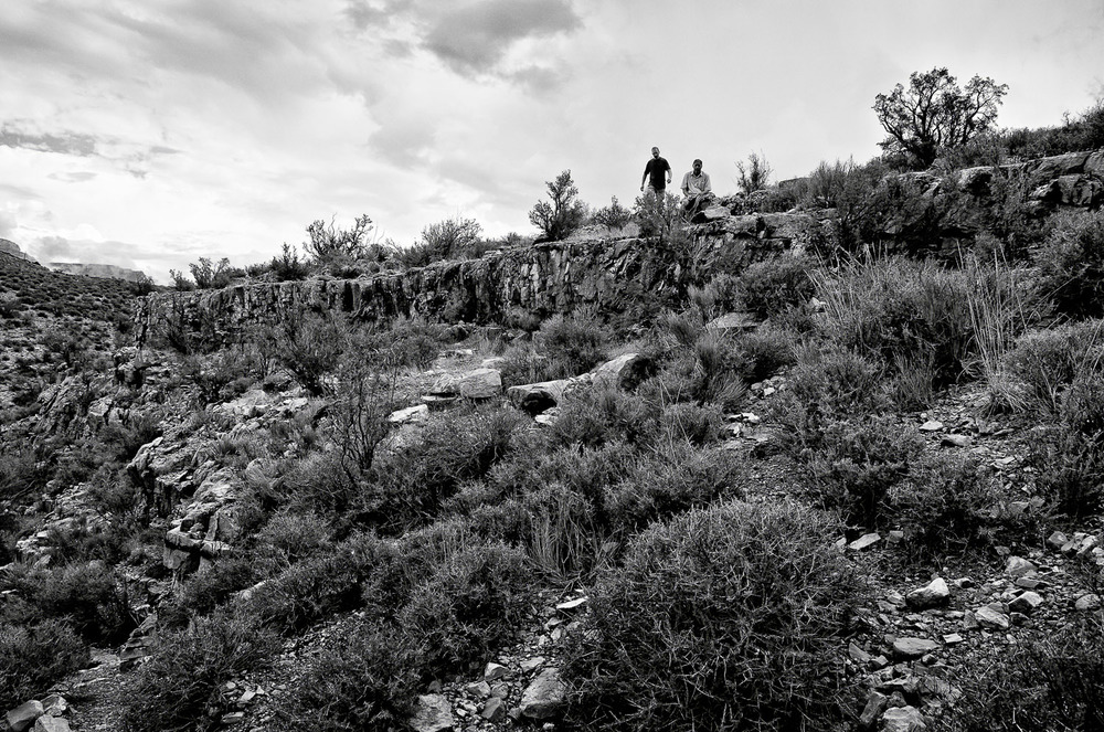 Hikers on a Ridge, Grand Canyon | Mark Lindsay