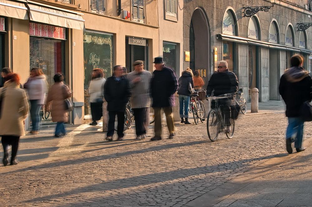 Parma Street Blur | Mark Lindsay